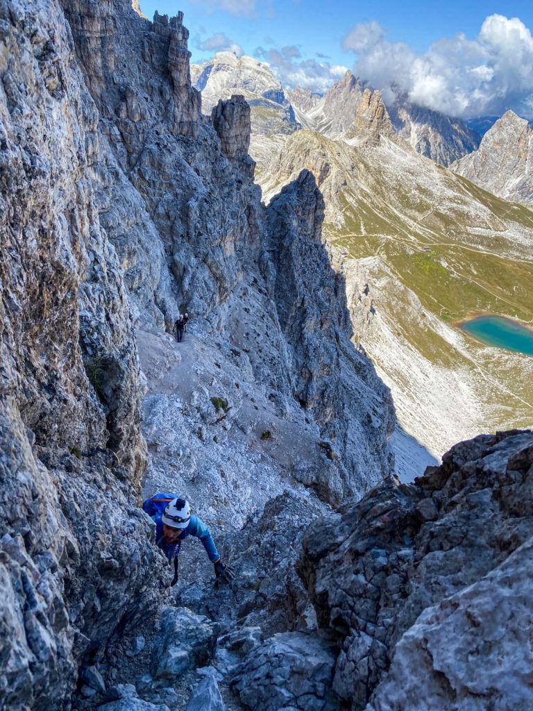 Marcin podczas podejścia ferratą De Luca- Innekofler na Monte Paterno